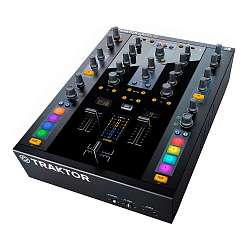 DJ-микшер Native Instruments Traktor Kontrol Z2